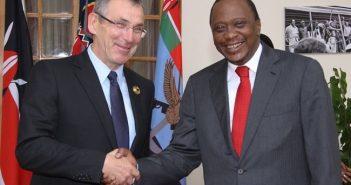 Andris Pielbags et Uhuru Kenyatta