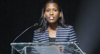 Clair Mathe-Lisenda, Manager Senior chez IPRO