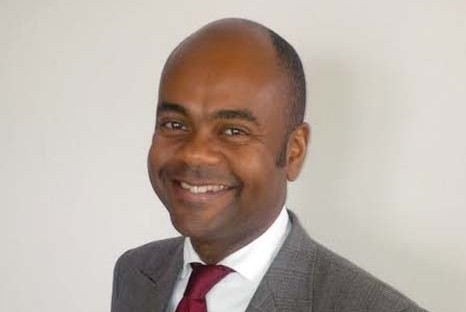 portrait Fabrice Nze-Bekale