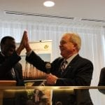 Dr. Mima S. Nedelcovyc, President de l'IGD et Akinwumi Adenisa, President de la BAD