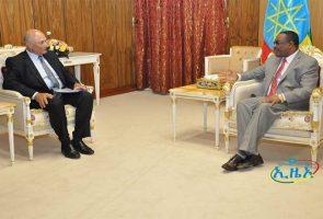 Mostafa Terrab PDG d'OCP Group et Hailemariam Desalegn, Premier ministre éthiopien.