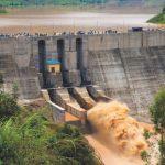 Barrage Nyabarongo II en construction sur la rivière Nyabarongo au sud du Rwanda dans la province de Muhanga