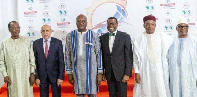 les chefs d'Etat du G5 Sahel en compagnie du Président de la Banque africaine de développement, Akinwumi Adenisa
