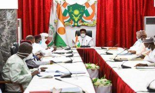 Conseil des ministres sous la direction du Président Mahamadou Issoufou