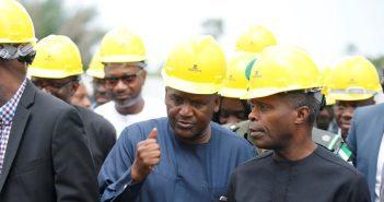 Homme le plus riche d'Afrique, Dangote, Raffineries, pétrole, dépendance aux importations