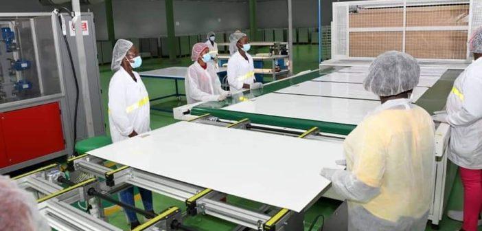 selon les autorités, Faso Energy est la première usine de fabrication de panneaux solaires en Afrique de l'Ouest.