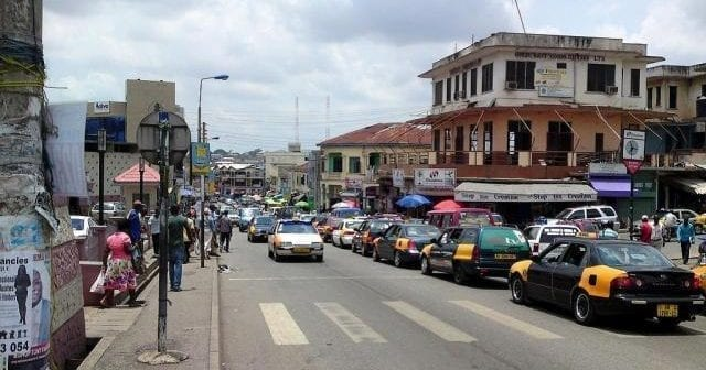 Accra, Ghana, Petits commerce