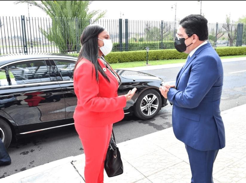 La Ministre des Affaires Etrangères de la Guinée-Bissau, Mme Suzi Carla Barbosa et le Ministre des Affaires Etrangères, de la Coopération Africaine et des Marocains Résidant à l'Etranger, M. Nasser Bourita