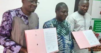Cette signature de convention a pour but de booster la filière anacarde au Burkina Faso