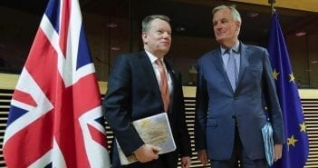 Brexit David Frost et Michel Barnier, les deux négociateurs à l'origine de l'accord