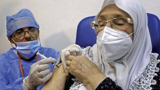 Début de la vaccination contre la Covid-19 à Blida en Algérie