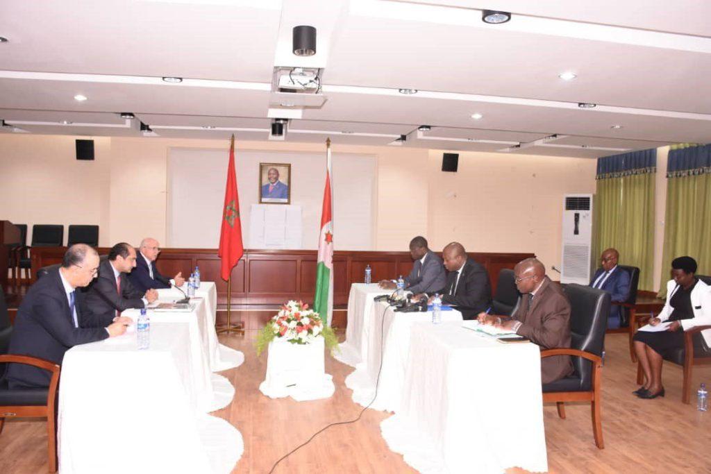 séance de réunion entre hauts cadres marocains et burundais